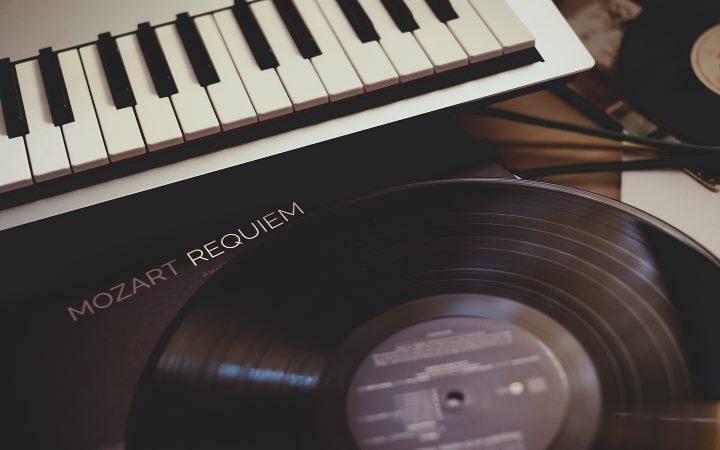 Mozart - Requiem   Piano et vinyle